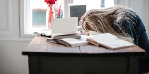 Ar verta dirbti studijuojant?